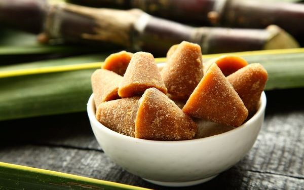 How to choose jaggery